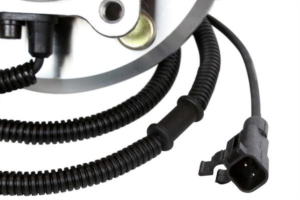 Set of New Rear Brake Rotors Ceramic Pads and Hub Bearing Assemblies - Part # RHBBK0110